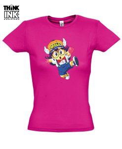 Camiseta manga corta Arale saltando